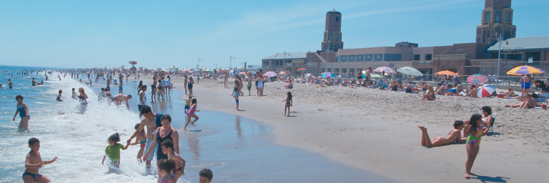 Riis Park - beach with people