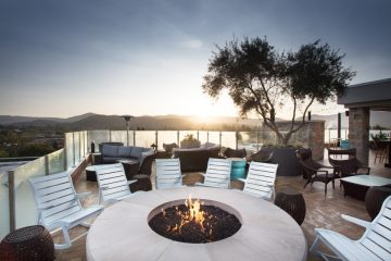 Fire pit at Sky & Vine overlooking Napa Valley | Sky & Vine Rooftop Bar | Archer Hotel Napa