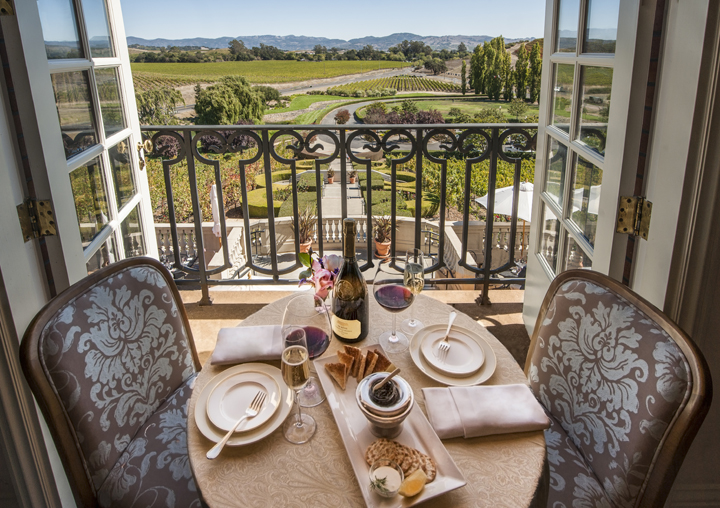 Photo courtesy of Domaine Carneros | Archer's Favorite Napa Valley Wineries: Bubbles + Rosés | Archer Hotel Napa