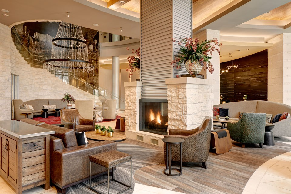 Archer Hotel Austin Lobby with fireplace