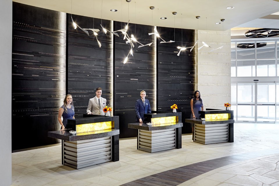 Archer Austin Hotel Concierge Desk