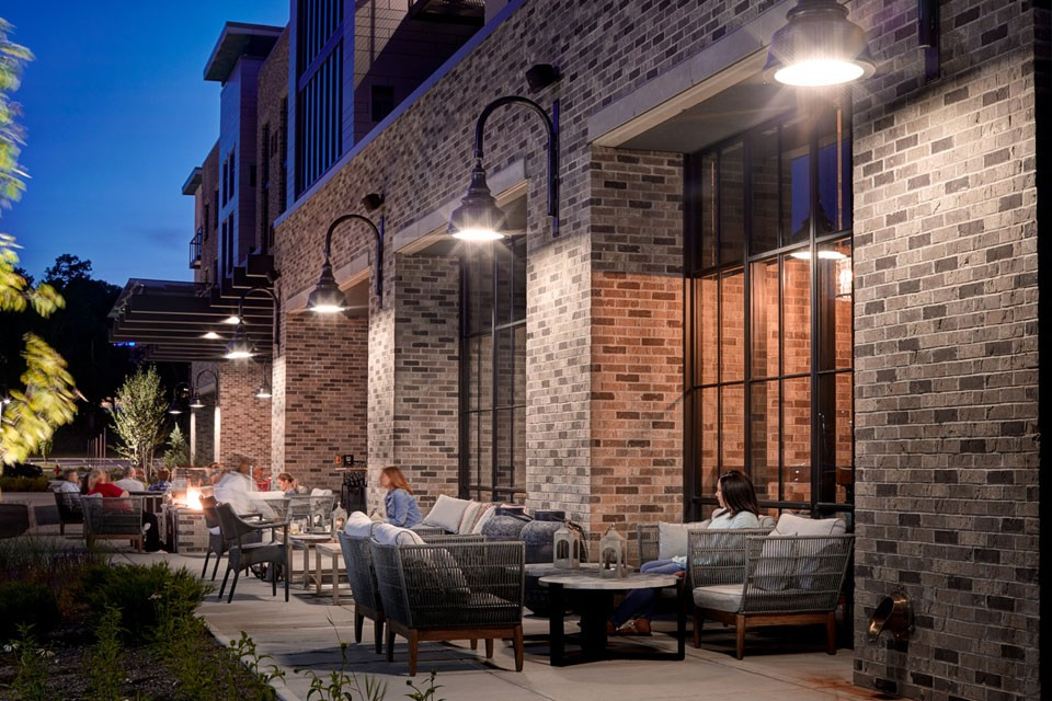 Archer Hotel Florham Park - Archer's Kitchen and Bar Patio with evening lights