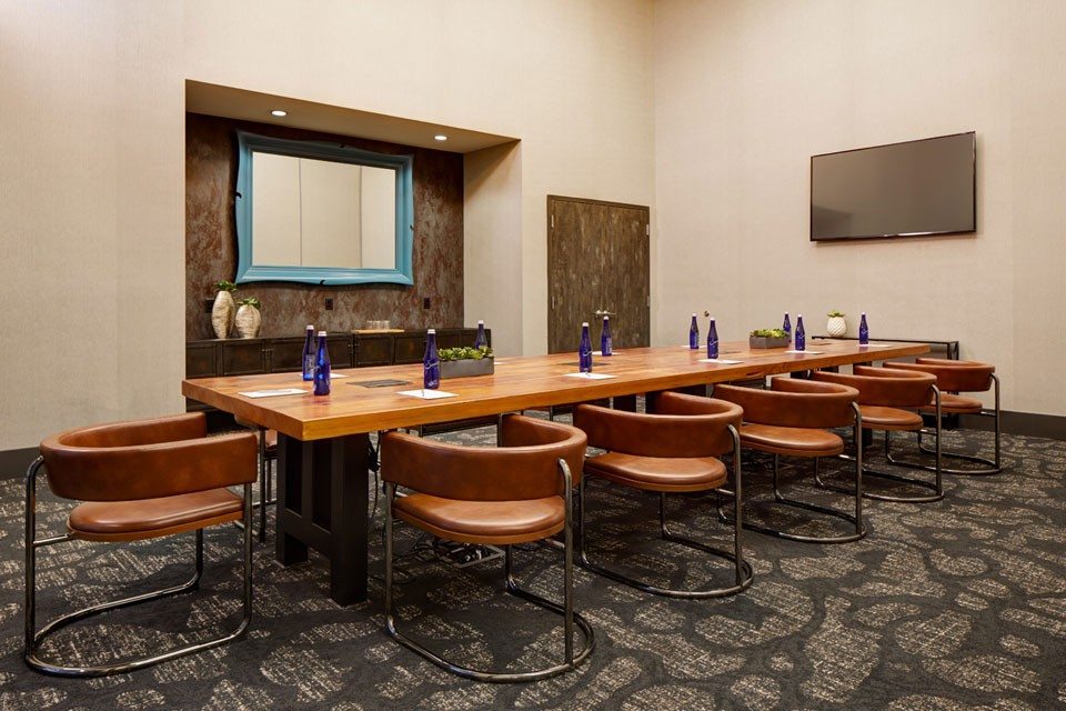 Archer Hotel Florham Park - Boardroom seating