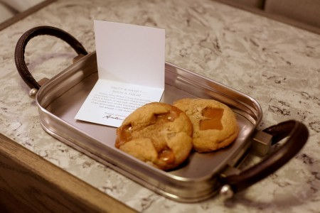 Archer's turndown treat — chocolate chip cookies with sea salt and a special note