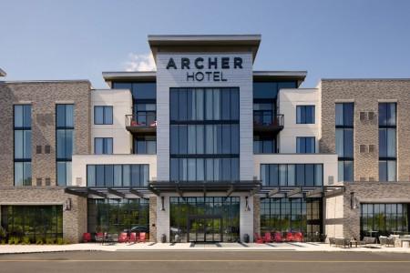 Archer Hotel Florham Park — Exterior daytime view