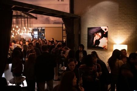 Archer Hotel New York - AVA Social with art