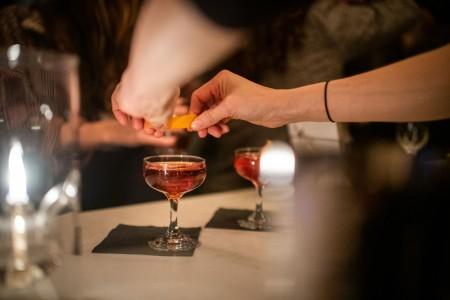 Archer Hotel New York - AVA Social drinks