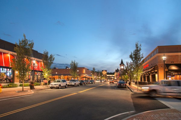Street view of Third Avenue Burlington