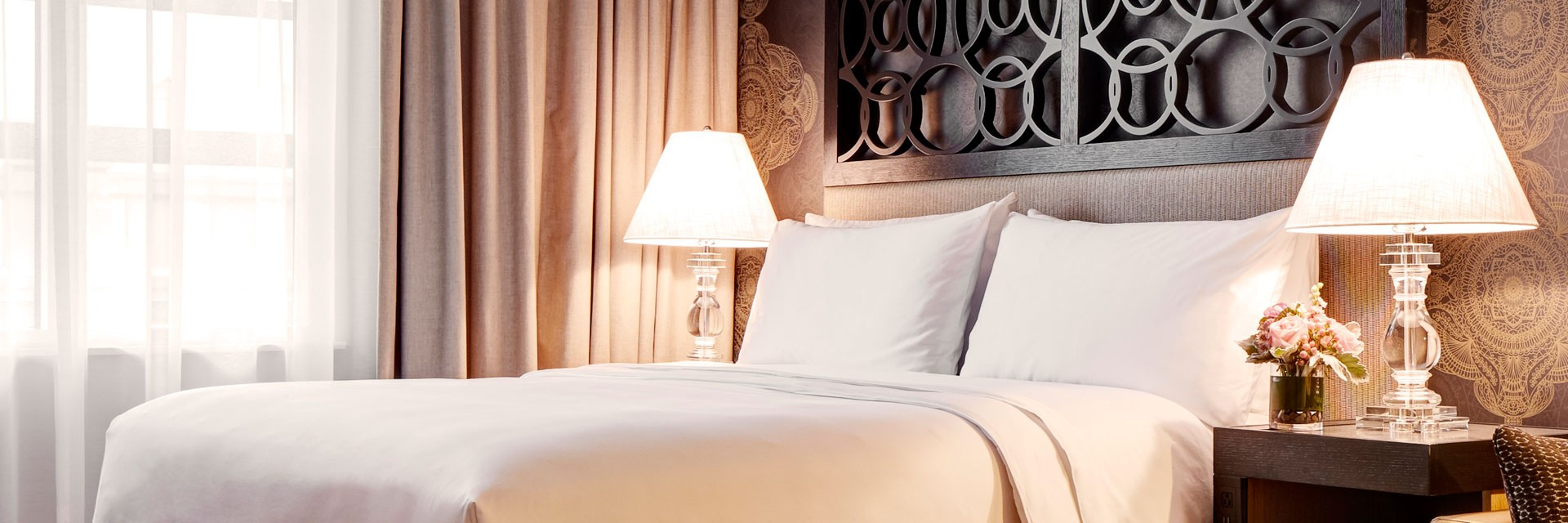 Archer Hotel Bed