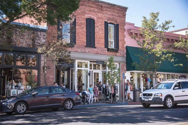 St. Helena Small Shops and Cafes