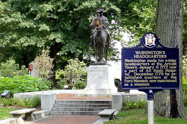 Washington Headquarters Statue