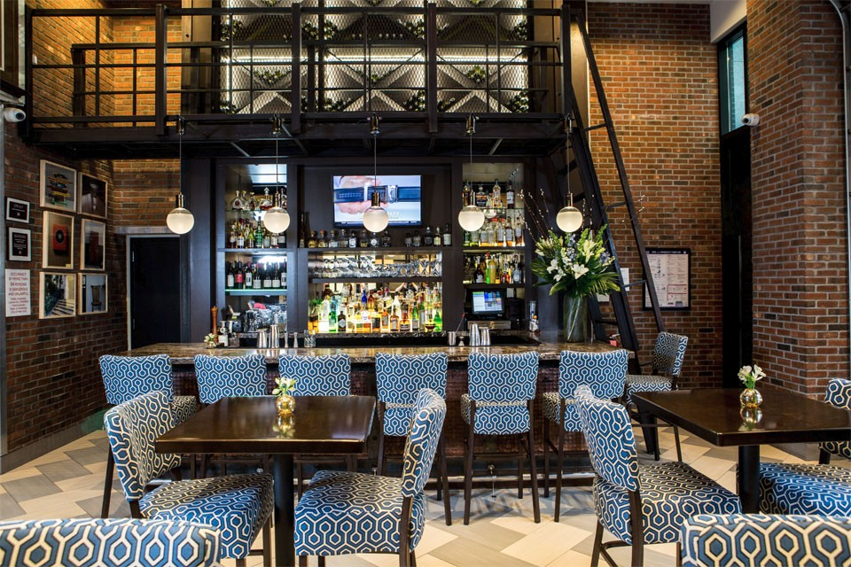<p>Archer New York Hotel Foyer Bar Wide View</p>