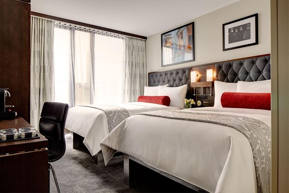 archer new york modern boutique hotel in midtown. Black Bedroom Furniture Sets. Home Design Ideas