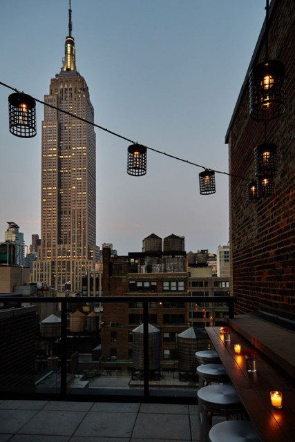 Archer New York Hotel Spyglass Rooftop Patio