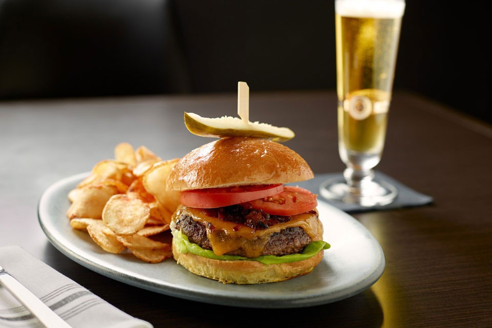 Archer's Kitchen + Bar Burger