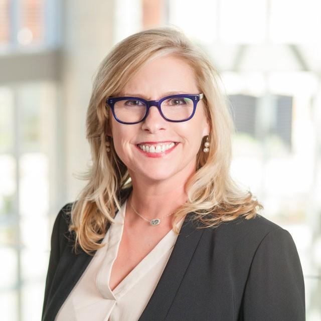Headshot of Lisa Forsythe