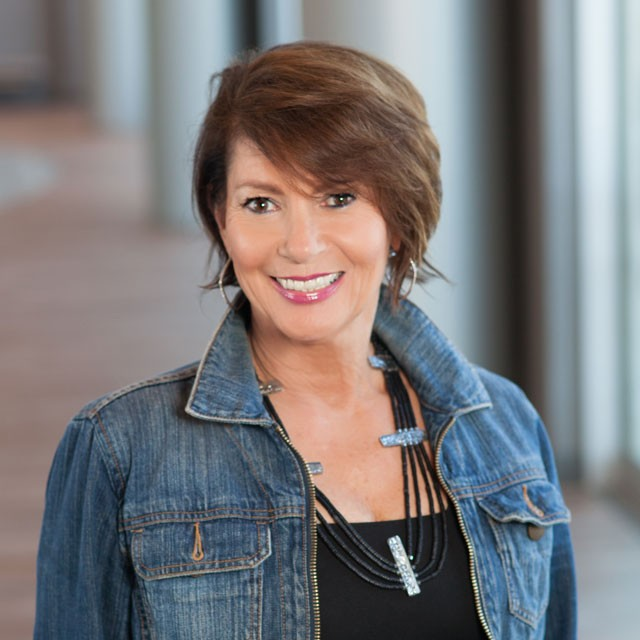 Headshot of Melanie Barba