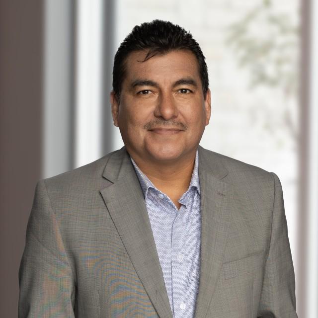 Headshot of Domingo Navarro