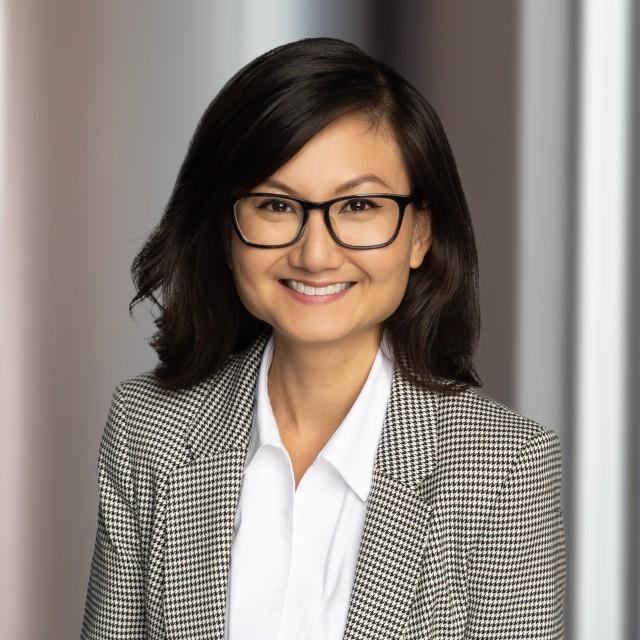Headshot of Hanh Nguyen